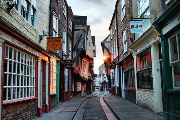 The Shambles: Η πιο γραφική γειτονιά στη Βρετανία!