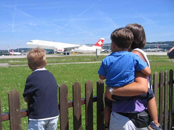 "perierga.gr - 10 παράξενα ""αξιοθέατα"" σε αεροδρόμια για να περνά η ώρα!"