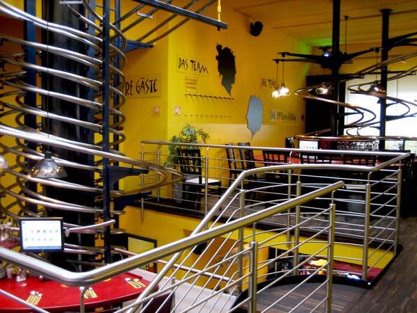 perierga.gr - Το πρώτο αυτοματοποιημένο εστιατόριο στον κόσμο!