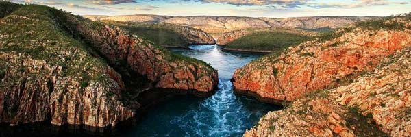 perierga.gr - Οι οριζόντιοι... καταρράκτες της Αυστραλίας!