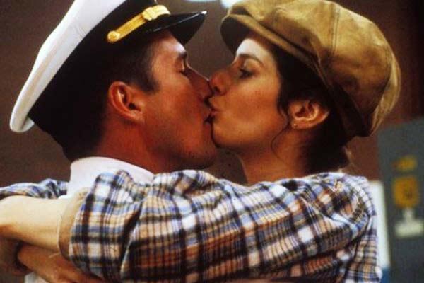 perierga.gr - Διάσημα κινηματογραφικά φιλιά που άφησαν εποχή!