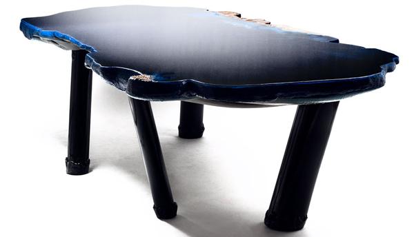 """perierga.gr - """"Έξι τραπέζια στο νερό""""..."""