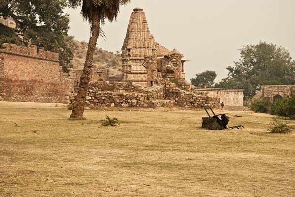perierga.gr - Bhangarh: Η στοιχειωμένη πόλη της Ινδίας!