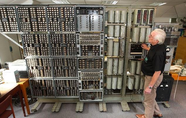 Λειτουργεί ξανά ο πρώτος υπολογιστής!