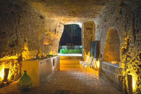 perierga.gr - Ένα πολυτελέστατο σπίτι μέσα σε σπηλιά!