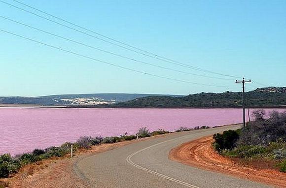 "perierga.gr- Οι ωραιότερες ""κόκκινες"" λίμνες του πλανήτη!"