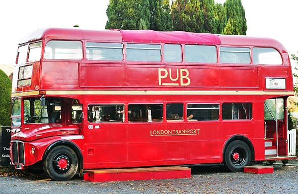Λονδρέζικο λεωφορείο «μεταμορφώθηκε
