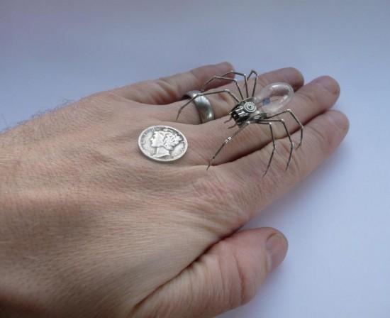 """Παλιά ρολόγια """"μεταμορφώνονται"""" σε εξαιρετικά κοσμήματα!"""