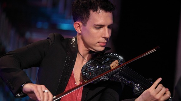 perierga.gr - Ο πιο γρήγορος βιολιστής στον κόσμο!