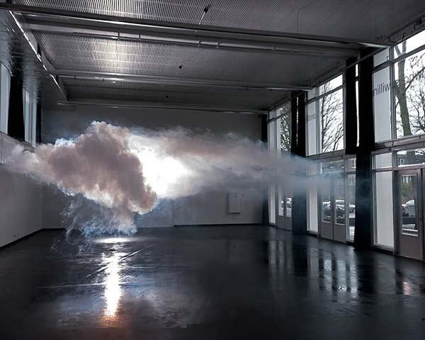 perierga.gr - Ένα σύννεφο σε εσωτερικό χώρο!