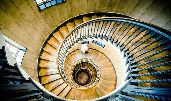 perierga.gr - Οι πιο εντυπωσιακές ελικοειδείς σκάλες που είδατε ποτέ!