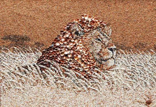 Θαλασσινά... έργα τέχνης με κοχύλια και άμμο!