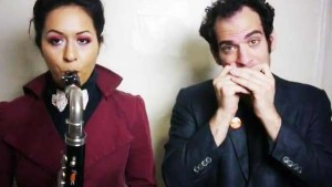 perierga.gr - Ανακοίνωσαν το χωρισμό τους μέσω βίντεο κλιπ!