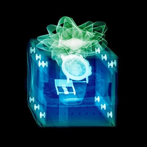 perierga.gr - Χριστουγεννιάτικα δώρα... ακτινογραφούνται!