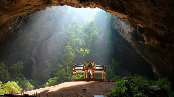 Perierga.gr - ένα πολυφωτογραφημένο σπήλαιο