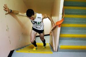 perierga.gr - Aνάβαση σκαλοπατιών: Ένα παράξενο άθλημα!