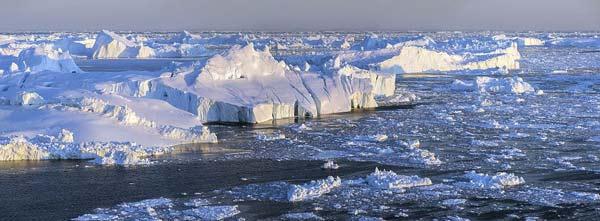 perierga.gr - Η μαγευτική ομορφιά των παγετώνων που λιώνουν!