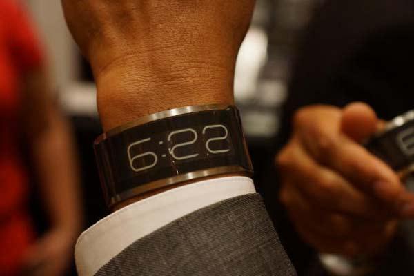 perierga.gr - Το πιο λεπτό ρολόι στον κόσμο!