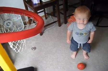 http://perierga.gr/wp-content/uploads/2013/02/basketball_kid.jpg