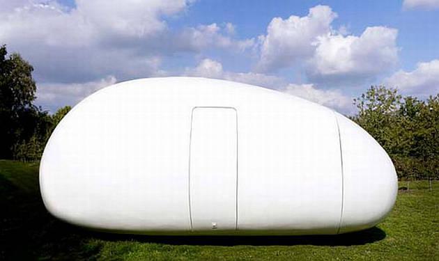 perierga.gr- Φουτουριστικό σπίτι-αυγό... ατενίζει το μέλλον!