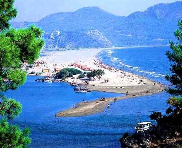 perierga.gr - 2 ελληνικές παραλίες στις 10 καλύτερες της Ευρώπης!