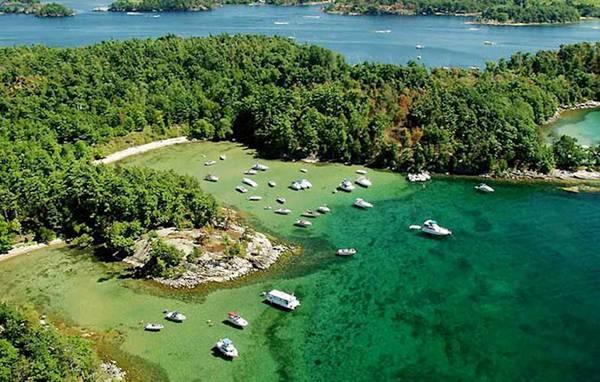 perierga.gr - 1.000 νησιά συνθέτουν τον σύγχρονο... παράδεισο!