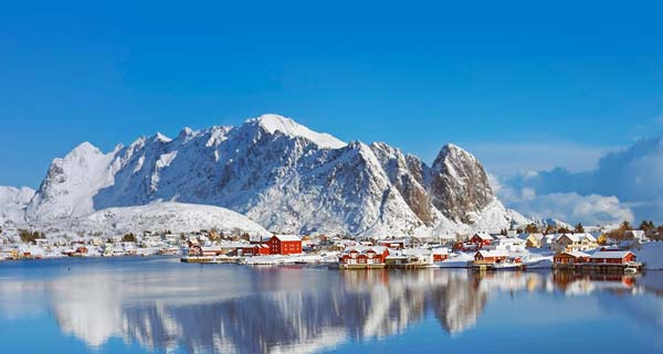 Parakseno.gr : reine9 Reine: Το απομακρυσμένο «διαμάντι» της Νορβηγίας!