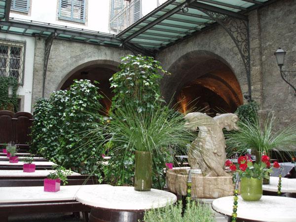 perierga.gr - Το παλαιότερο εστιατόριο της Ευρώπης!