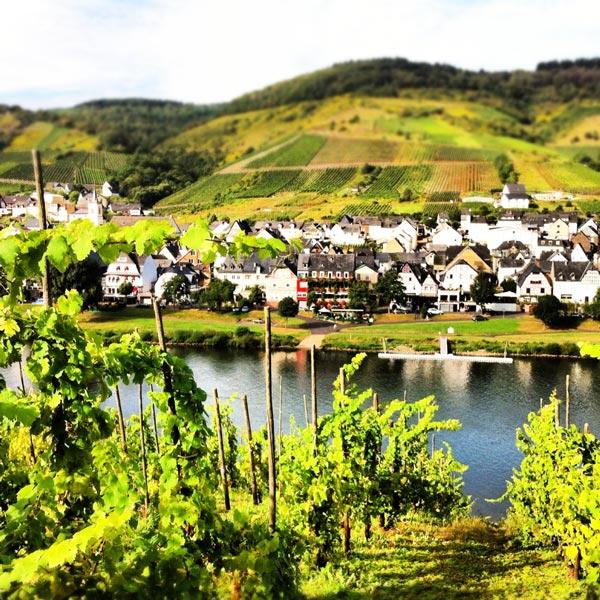 perierga.gr - Τα ωραιότερα χωριά δίπλα σε ποτάμια!