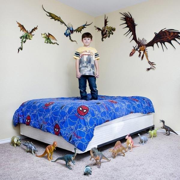 perierga.gr - Παιδιά του κόσμου φωτογραφίζονται με τα αγαπημένα τους παιχνίδια!