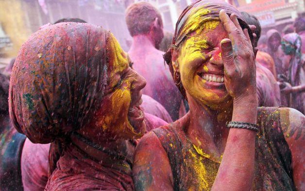 Perierga.gr - Φεστιβάλ Χρωμάτων στην Ινδία