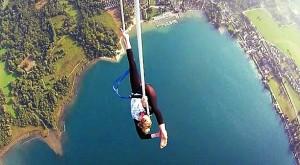 perierga.gr - Το απίστευτο ιπτάμενο... τσίρκο!