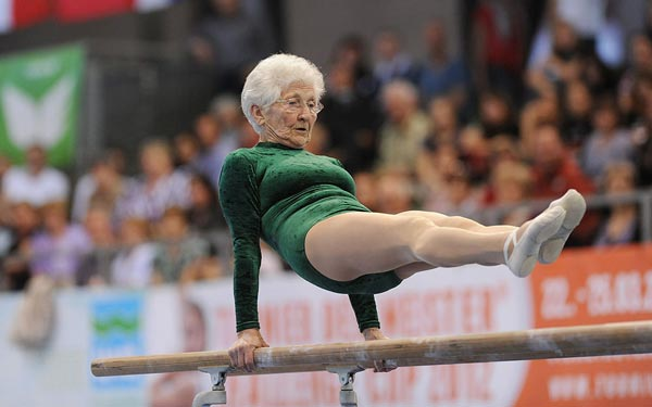 "perierga.gr - Ηλικιωμένοι αποδεικνύουν ότι ""είναι όσο αισθάνονται""!"