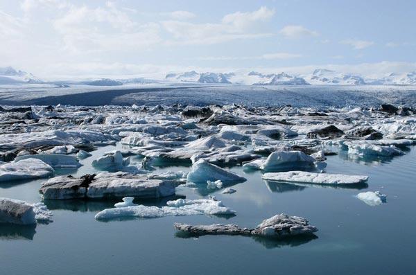 perierga.gr - Jokulsarlon: Η λίμνη με τους παγετώνες!
