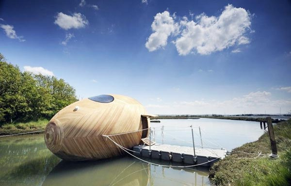 perierga.gr - Πλωτό σπίτι σε σχήμα... αυγού!