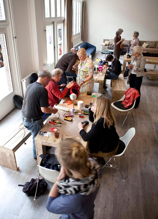 perierga.gr - Repair cafe: Η νέα ευρωπαϊκή τάση που γίνεται μανία!