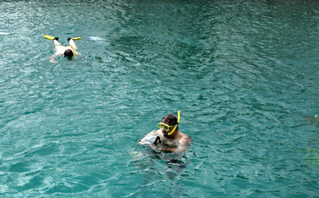 Perierga.gr - Τα οφέλη του θαλασσινού μπάνιου στην υγεία μας