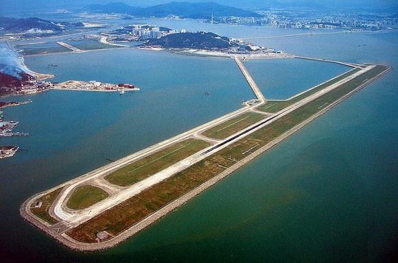 perierga.gr - Απίθανα αεροδρόμια πάνω σε τεχνητά νησιά!