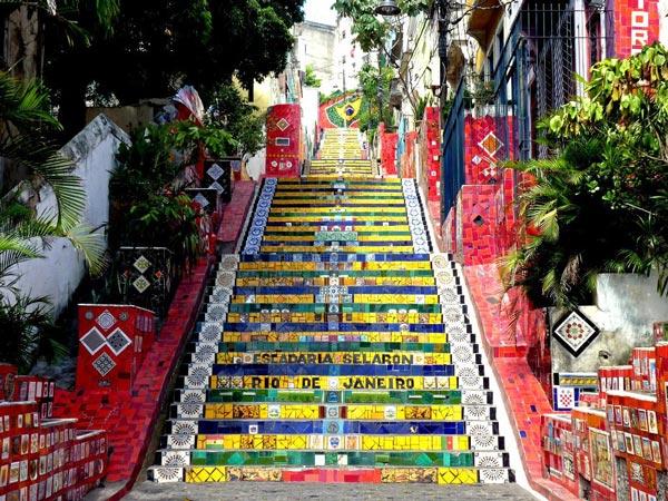 perierga.gr - Escadaria Selarón: Μια αστική σκάλα… έργο τέχνης!