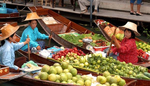 perierga.gr - Η πολύχρωμη πλωτή αγορά της Μπανγκόκ!