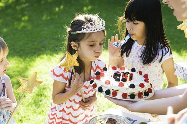perierga.gr - Το τραγούδι των γενεθλίων κάνει την τούρτα νοστιμότερη!