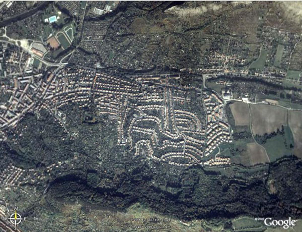 perierga.gr - Τεράστια ναζιστικά σύμβολα ορατά μόνο από ψηλά!