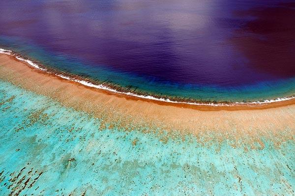 "perierga.gr - Ο ""παράδεισος"" της Γαλλικής Πολυνησίας από ψηλά!"