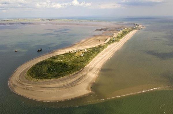 perierga.gr - Εκεί που η ξηρά εισχωρεί στη θάλασσα!