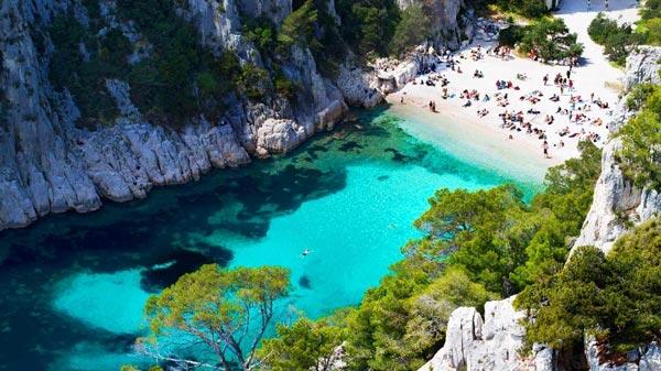 perierga.gr - Calanque d'En Vau: Η ωραιότερη... κρυφή παραλία!