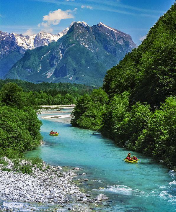 Το ποτάμι με τα σμαραγδένια νερά!