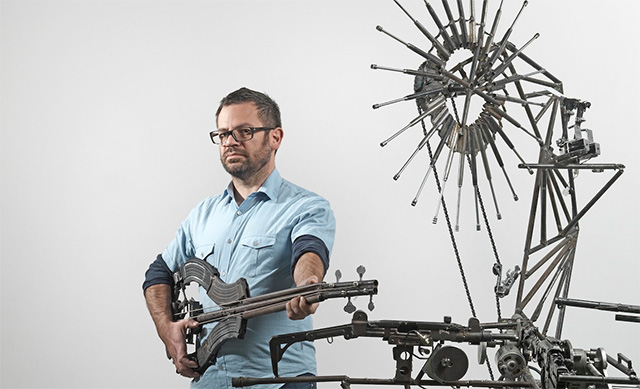 perierga.gr - Μια απίθανη ηλεκτρονική ορχήστρα από όπλα!
