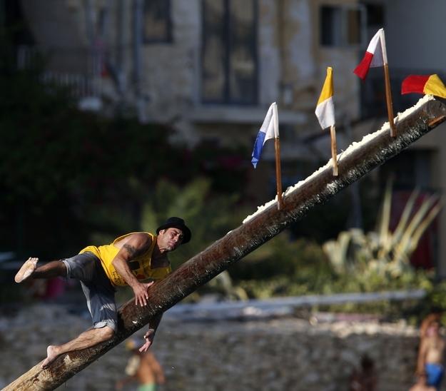 perierga.gr - Gostra Festival: Το παράξενο φεστιβάλ της Μάλτας