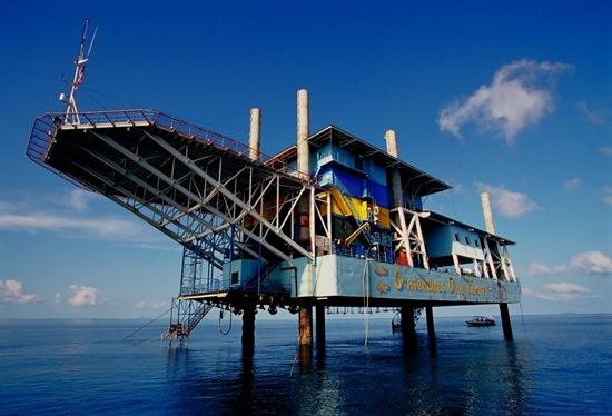 perierga.gr - 4 απίθανες μεταμορφώσεις σε πλατφόρμες άντλησης πετρελαίου!