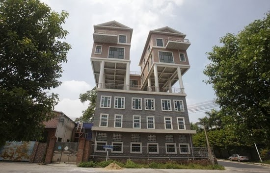 perierga.gr - 10 παράξενες κατασκευές στις ταράτσες κτηρίων!